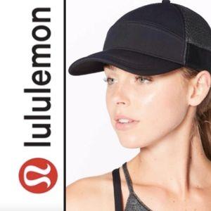 Lululemon Dash & Splash II Snap It Back Cap